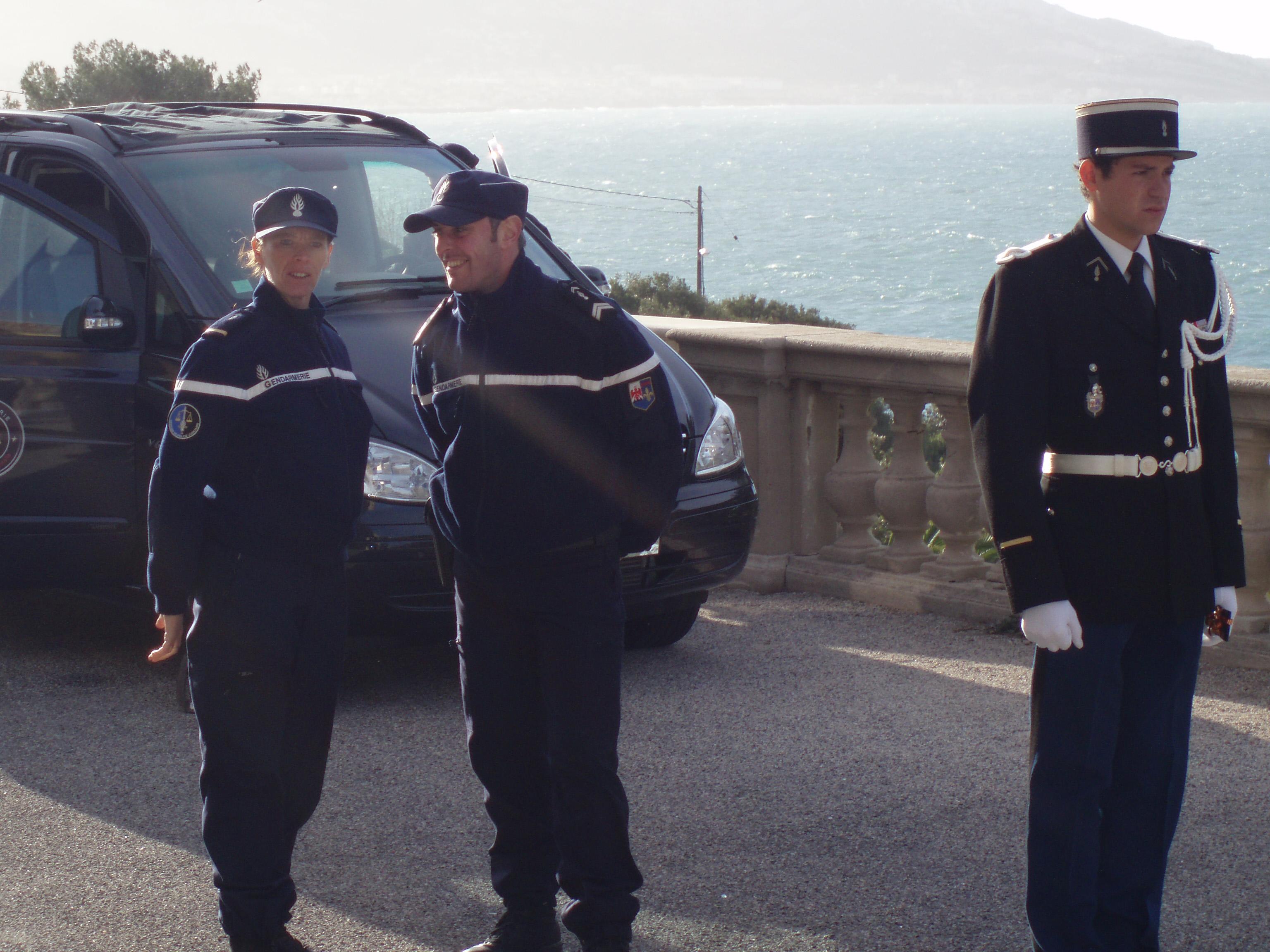 Des gendarmes de choc sur