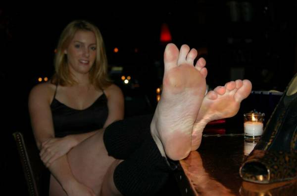 Female foot porn long time